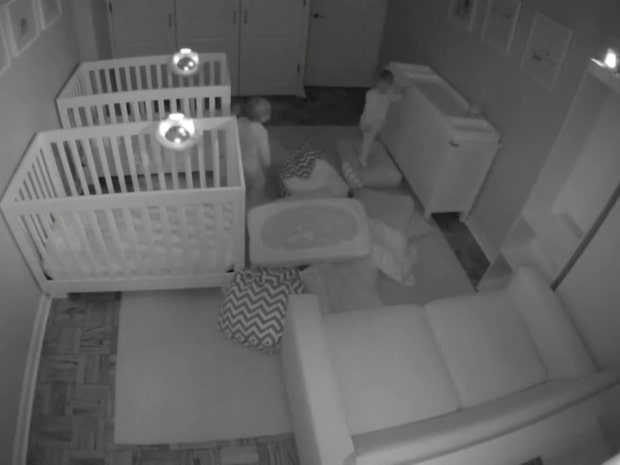 Vad händer när du nattat barnen – egentligen?