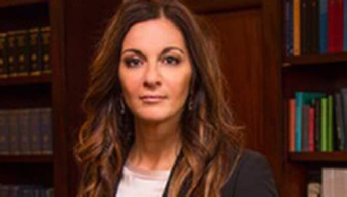 Advokaten Elisabeth Massi Fritz är trött på hur våldtäktsoffer bemöts i svenska rättssalar. Hon gav svar på tal när hennes klient blev utfrågad om sina underkläder. Foto: Pressbild