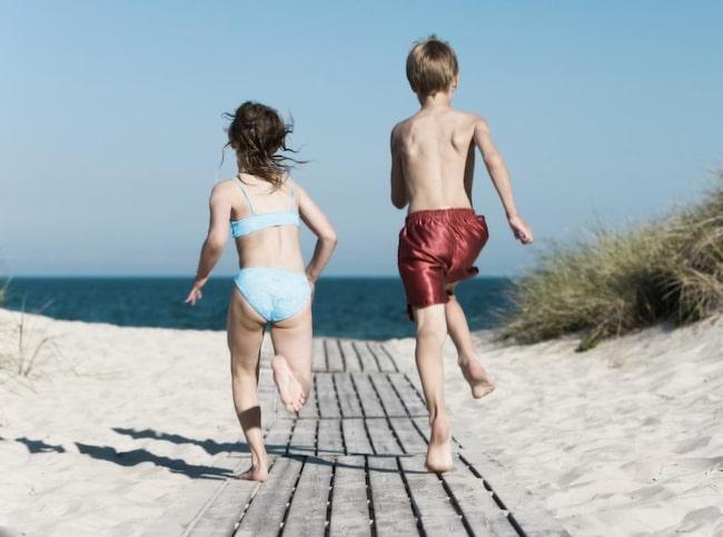 Två kilometer sandstrand men också showskola, minidisko och cirkus finns på Böda sand.