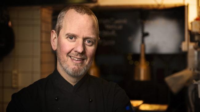 I sitt yrke som kock kämpar Patrik dagligen med suget efter bröd och pasta.