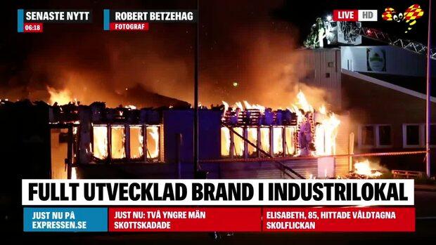 Storbrand i industri – flera lokaler förstörda