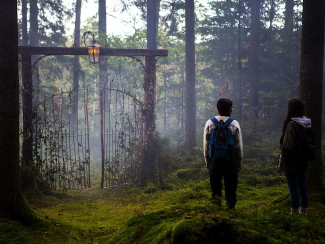 I oktober kan du ge dig ut på en obehaglig vandring i Skogen – som blir Lisebergs första skräckhus utomhus.