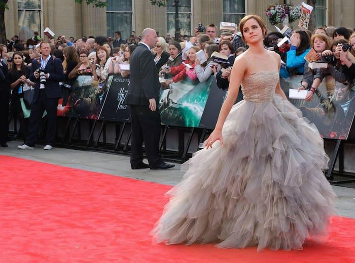 76fe6e2723a1 Coola klänningar, Emma! | Nöje | Expressen