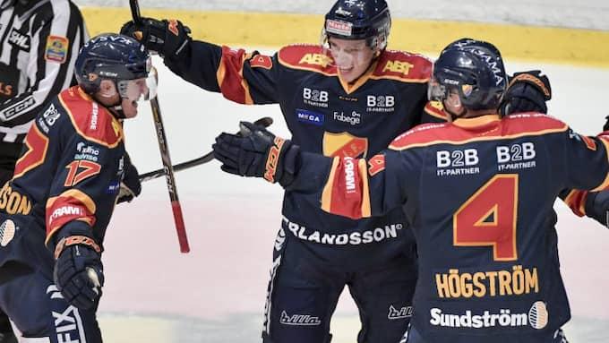 Djurgården jublar efter Lukas Vejdemos 2-1. Foto: JESSICA GOW/TT / TT NYHETSBYRÅN