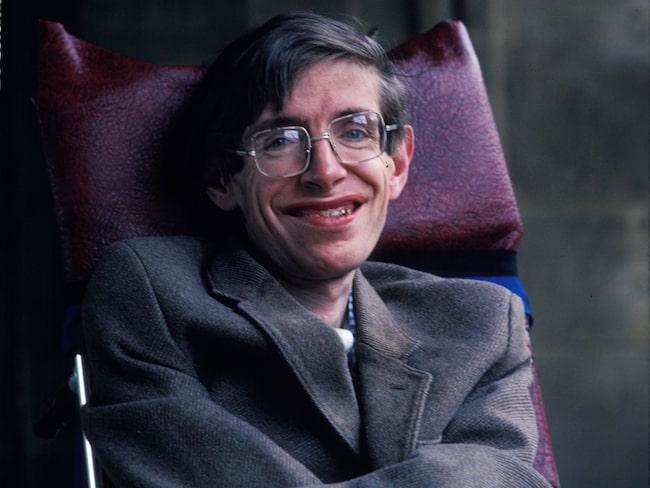 Under 80-talet förlorade Hawking sitt tal. Det ersattes med en datorröst som senare blev hans signum.
