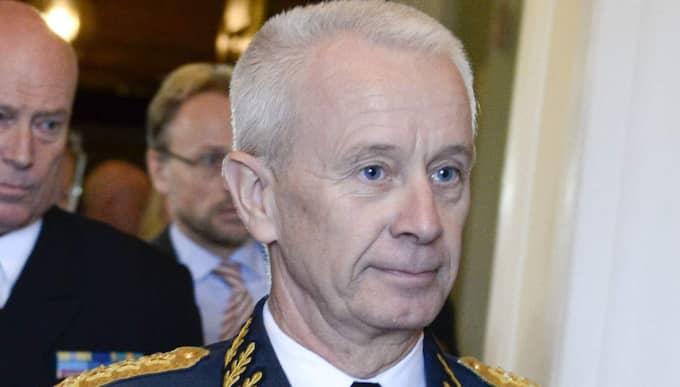 Sverker Göransson slår larm om att försvaret inte kan genomföra de åtgärder försvarsberedningen föreslagit. Foto: Pontus Lundahl / TT