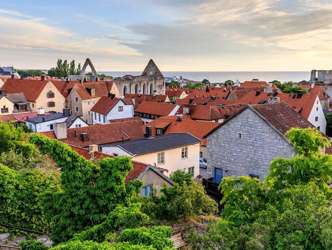 Visby är hett i sommar – hotellsökningarna har ökat med 157 procent.