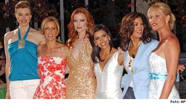 Brenda Strong, Felicity Huffman, Marcia Cross, Eva Longoria, Teri Hatcher och Nicollette Sheridan kommer tillbaka i Desperate housewives igen i slutet av januari.