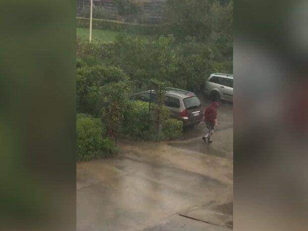 Mystisk kvinna på video i fallet med döda babyn