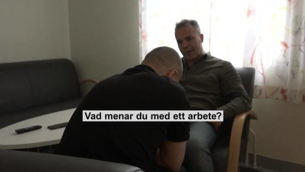 Terrordömde Munir Awads första intervju efter frigivandet