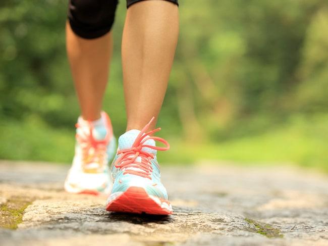Forskarna har nu sett en koppling mellan gångtempo och risken att dö av hjärt-kärlsjukdom.