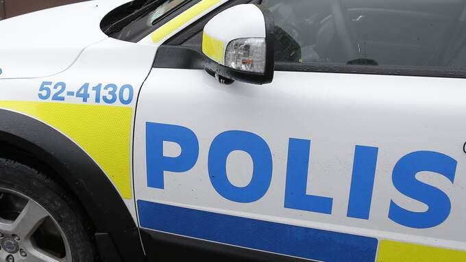 En man är misstänkt för att ha försökt köra på mc-polisen. Foto: HENRIK JANSSON