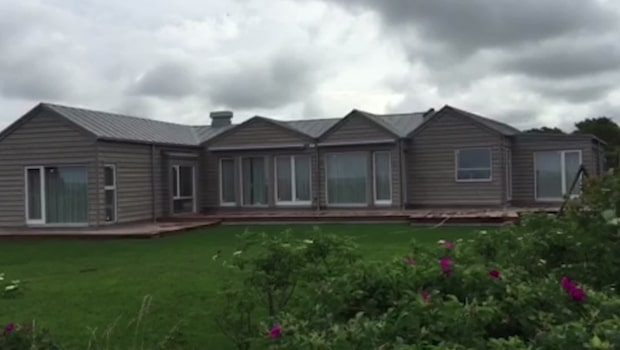 Hugh Grants exklusiva hus i Sverige står klart