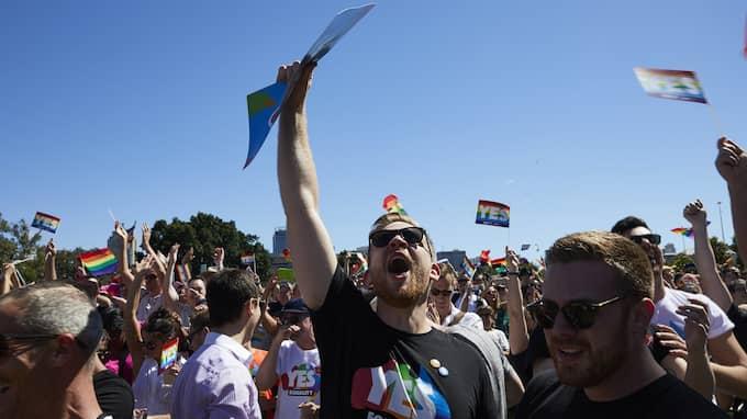 Fester har brutit ut i flera australiska städer efter att röstresultatets meddelats. Foto: ERIK ANDERSON / EPA / TT / EPA TT NYHETSBYRÅN