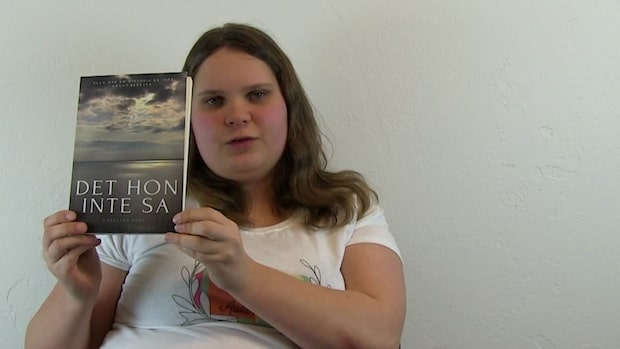 Karolina vill hjälpa andra  – skrev bok om psykisk ohälsa