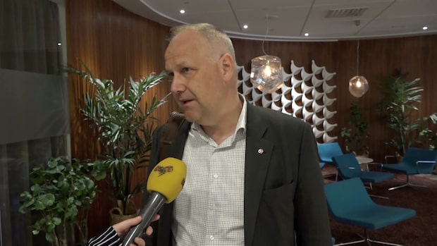 Jonas Sjöstedt (V) om polisanmälan mot Peter Lundgren
