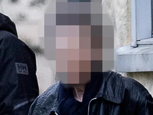 Kvinna gripen i Stockholm – höll sonen instängd i 28 år