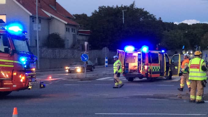 Två bilar kolliderade på väg 158. Foto: Hanna Brunlöf