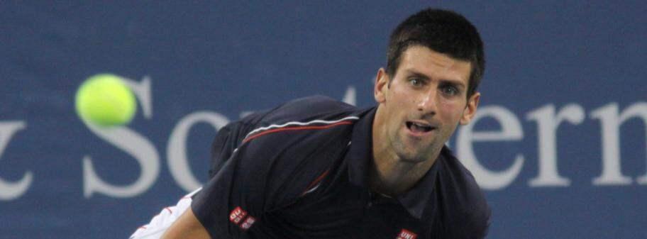 Djokovic och wawrinka enkelt vidare