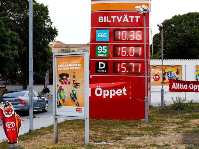 Bensinpris på över 16 kronor är numera ingen ovanlig syn. Här på Circle K i Visby.