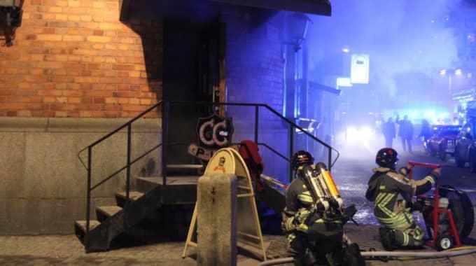 En brand i en fritös bröt ut på CC-puben i Gävle. Foto: Roger Nilsson