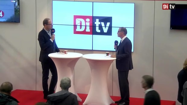 Di TV:s Jon Åsberg möter Hans Hedström, Carnegie Fonder