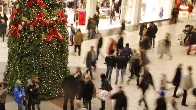 Julhandeln närmar sig och vi kommer att handla för åtskilliga miljarder kronor i butiker och på nätet.