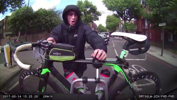 Försöker stjäla den svindyra racingcykeln-kamera fångar allt