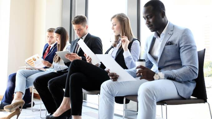 Att gå på en anställningsintervju kan ofta kännas nervöst. Här är några knep för att inte känna så. Foto: SHUTTERSTOCK