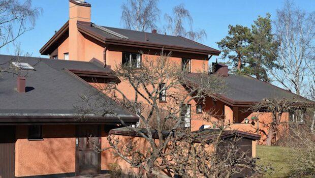 Povel Ramels flotta villa på Lidingö är till salu