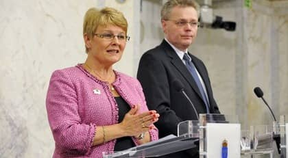 Maud Olofsson och Jöran Hägglund på presskonferensen. Foto: Bertil Ericson / Scanpix