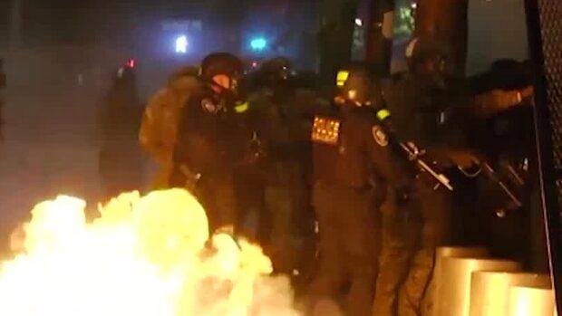 """Trump skickar federala trupper mot protesterna: """"Tio års fängelse"""""""