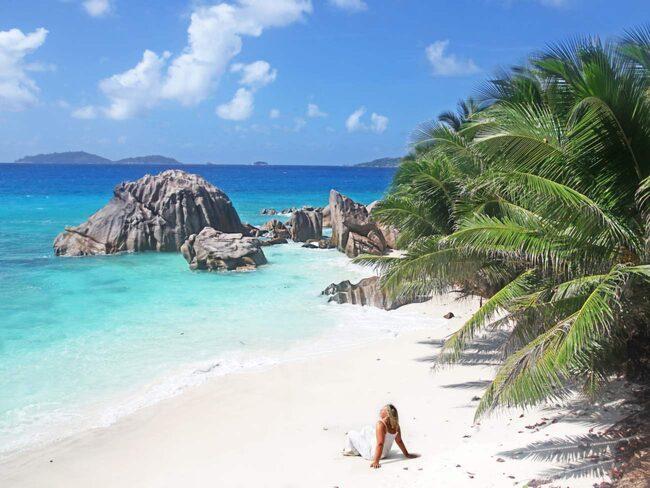 Seychellerna är vackra paradisstränder men också så mycket mer.
