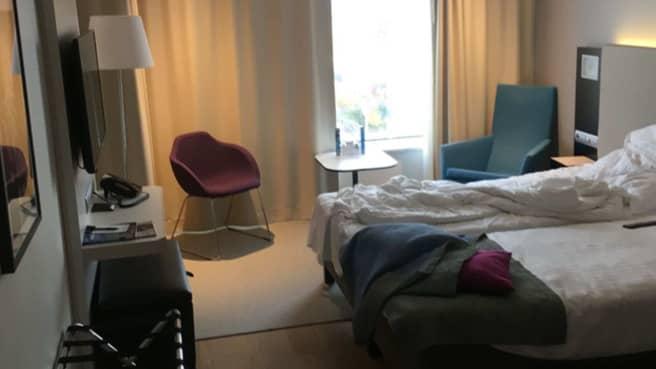 Hotellrummet där rånet inträffade. Foto: Polisen