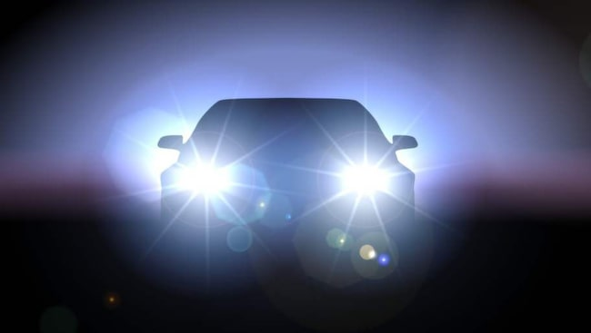Bara bilar med konstaterade brister i strålkastarna underkänns.