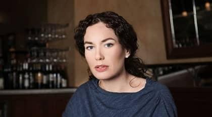 Expressenkritikern Therese Bohman romandebuterar.