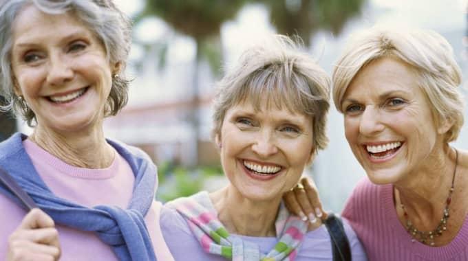 I dag kan den anställde ha kvar sitt jobb till 67 års ålder. Enligt Avanza Banks undersökning kan var tredje svensk tänka sig att arbeta till 69 års ålder. Foto: THINKSTOCK