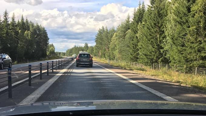 Det blir många timmar på vägarna mellan olika jobb och lopp Foto: Privat