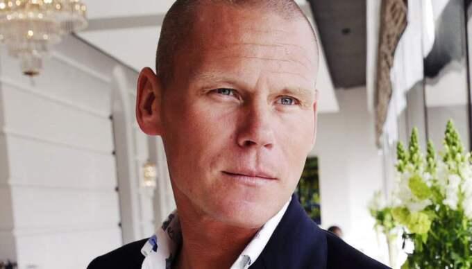 """I """"Livshjulet"""" berättar författaren Mons Kallentoft om flytten till Mallorca och nytändningen i relationen. Foto: Cornelia Nordström"""