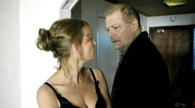 "Anki (Marie Richardson) och Ove (Peter Andersson) i filmen ""Någon annanstans i Sverige"". Foto: Thord Nilsson"