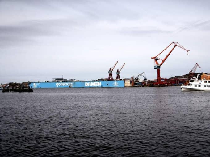 – Göteborg är ju vår absolut största import- och exporthamn. Man kan inte bortse från att en motpart, i det här fallet Ryssland, är medvetna om detta och kan försöka störa våra transportmöjligheter vid en eventuell militär konfrontation. Ur ett försörjningsperspektiv så är dagens situation oroväckande, säger han. Foto: Maria Steén