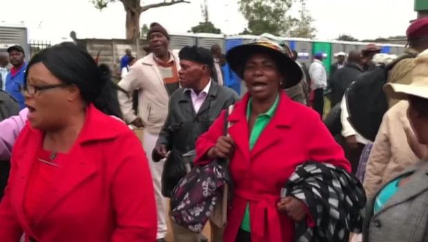 Protester mot Mugabe i Zimbabwe