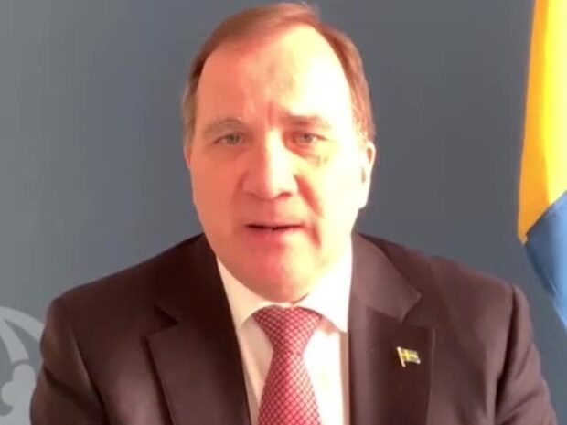 "Stefan Löfven: ""Strunta inte i Sverige"""