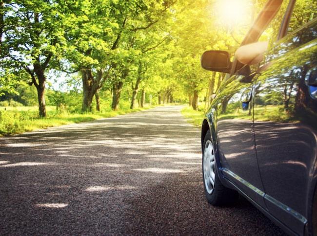 Spara på både pengar och miljö – lär dig snålköra din bil.