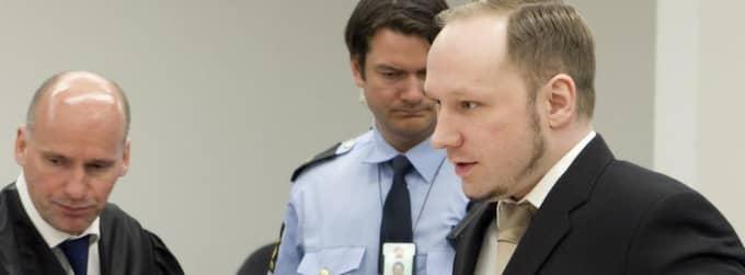 Anders Behring Breivik på plats i rätten. Foto: Heiko Junge
