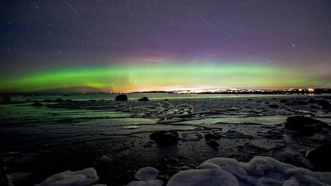 Henrik Drake lyckades fotografera norrsken söder om Varberg. Foto: Henrik Drake