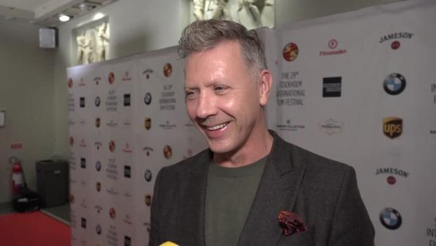 Mikael Persbrandt om att se sexscener med Sanna