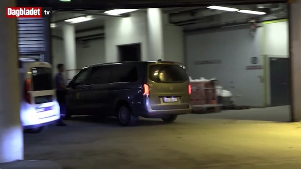 TV: Här anländer Philip Manshaus till Oslo tingsrätt