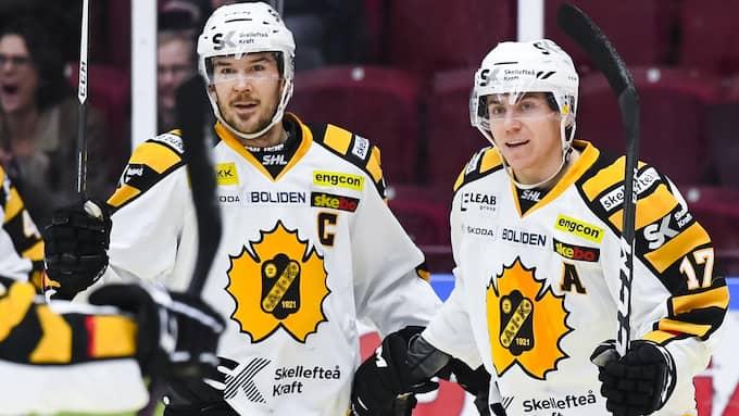 Pär Lindholm, till höger, tillhör Skellefteås förstakedja Foto: ANDERS BJURÖ / BILDBYRÅN