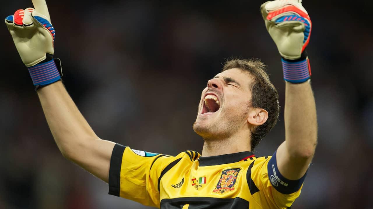 JUST NU: Casillas avslutar karriären